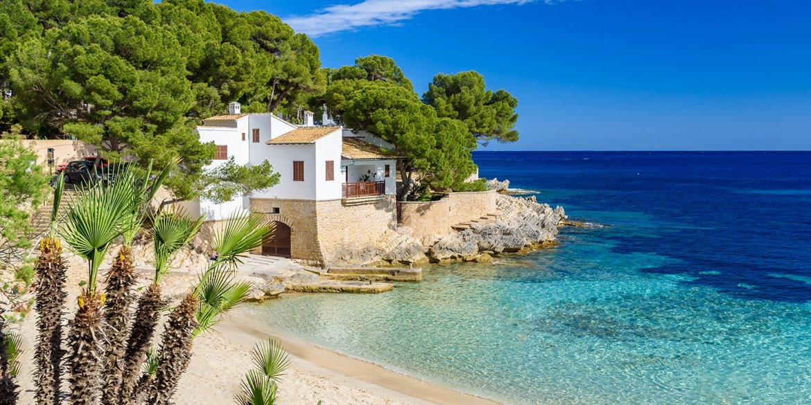 Five reasons to move to Spain